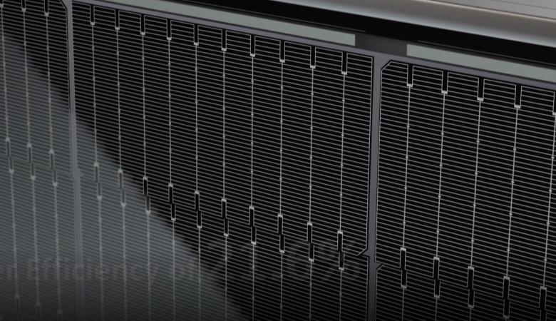 مرور و مقایسه پنلهای خورشیدی بالای 500 وات