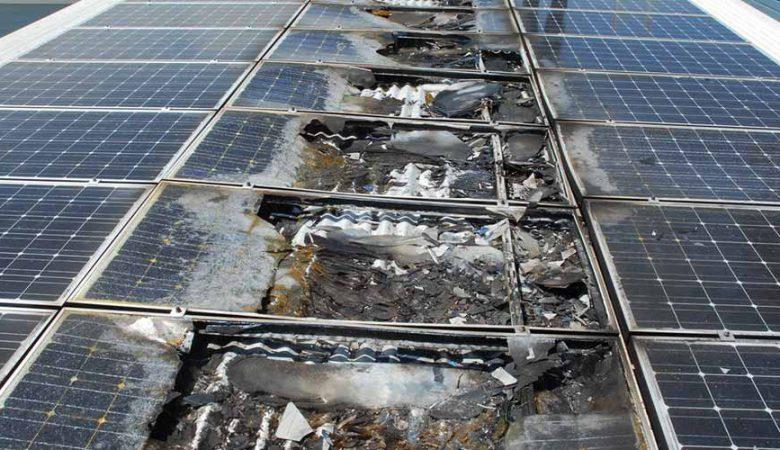 آتش سوزی در نیروگاه خورشیدی